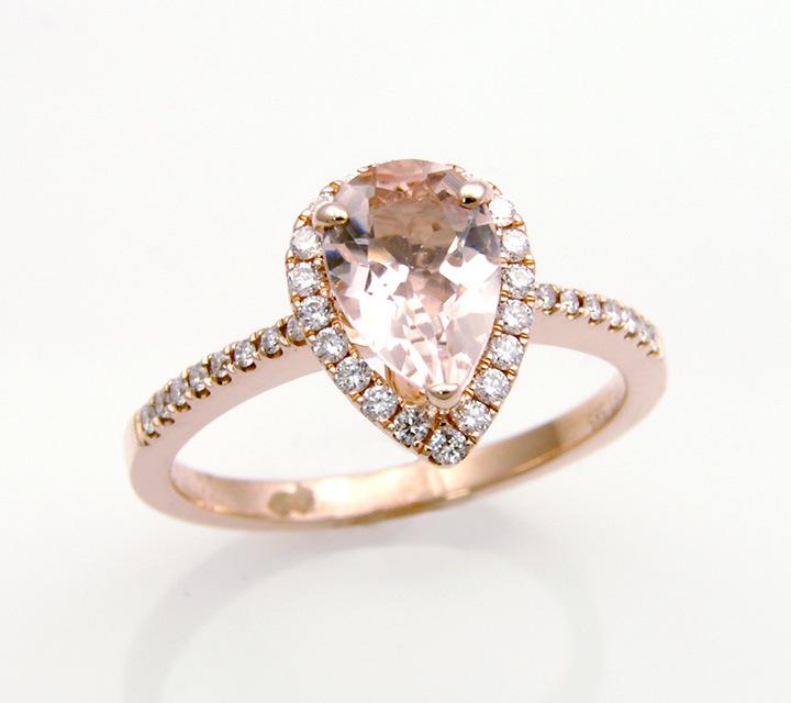 rose gold Morganite and diamond fashion ring